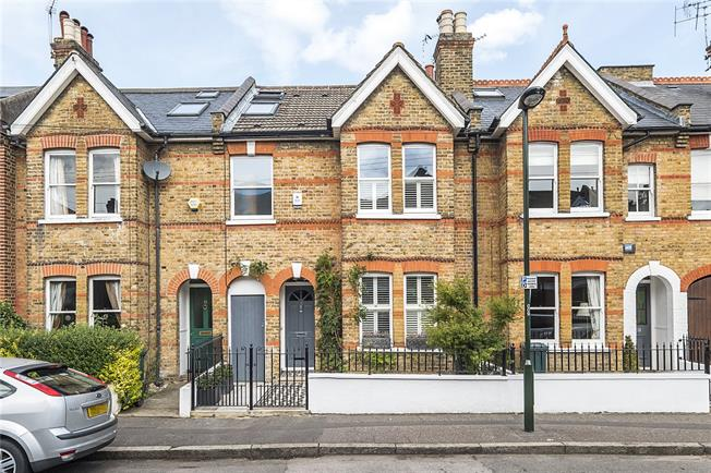 Asking Price £955,000, 4 Bedroom Terraced House For Sale in Twickenham, TW1