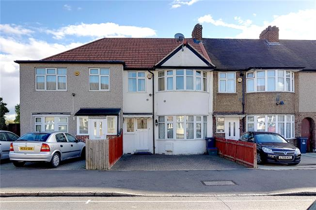Asking Price £475,000, 3 Bedroom Terraced House For Sale in Isleworth, TW7