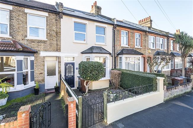 Asking Price £550,000, 3 Bedroom Terraced House For Sale in Hounslow, TW3
