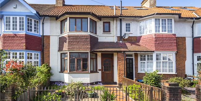 Guide Price £850,000, 3 Bedroom Terraced House For Sale in Twickenham, TW1