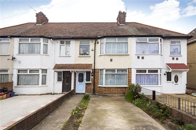 Guide Price £425,000, 3 Bedroom Terraced House For Sale in Hounslow, TW4