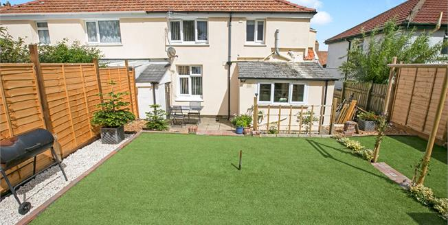 Asking Price £140,000, 3 Bedroom Semi Detached House For Sale in Camborne, TR14