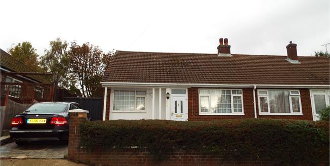 Guide Price £250,000, 2 Bedroom Semi Detached Bungalow For Sale in Luton, LU2