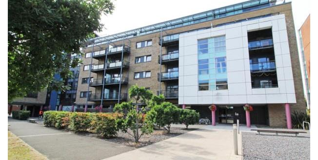 Asking Price £110,000, 1 Bedroom Flat For Sale in Cardiff, CF11