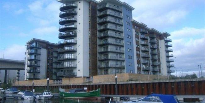 Offers in excess of £170,000, 2 Bedroom Flat For Sale in Cardiff, CF11