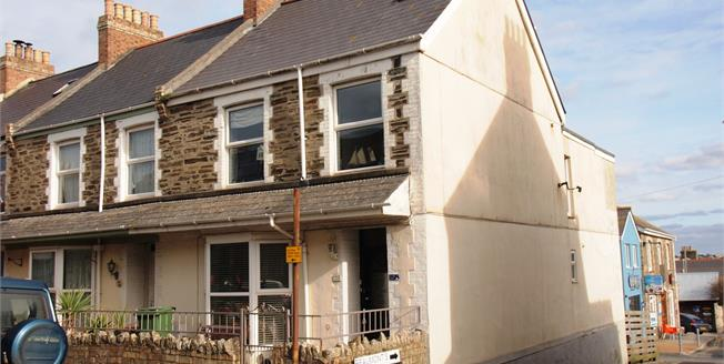 Asking Price £175,000, 3 Bedroom Maisonette For Sale in Newquay, TR7