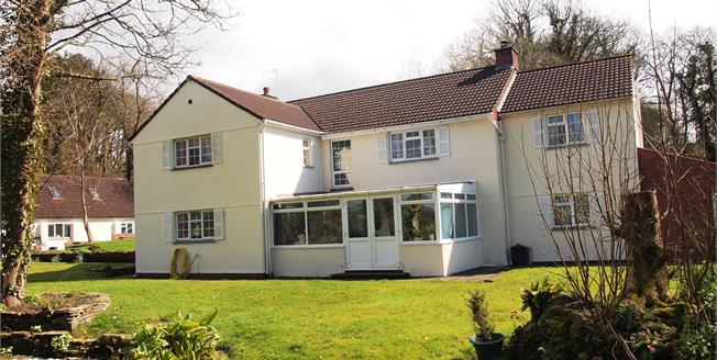 Asking Price £550,000, 4 Bedroom Detached House For Sale in Bosoughan, TR8