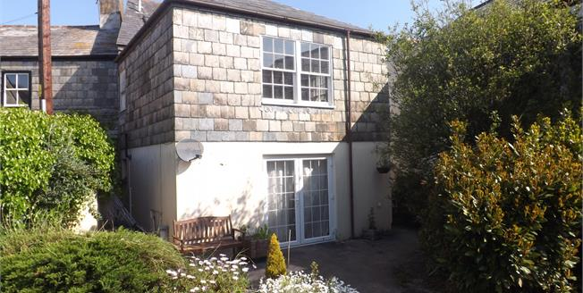 Offers Over £150,000, 3 Bedroom Maisonette For Sale in St. Columb, TR9