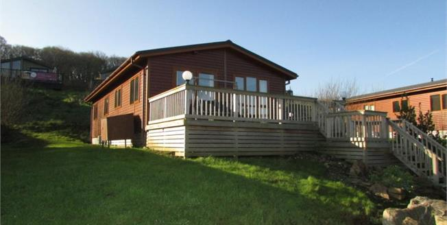 Asking Price £119,995, 2 Bedroom Detached Bungalow For Sale in White Cross, TR8