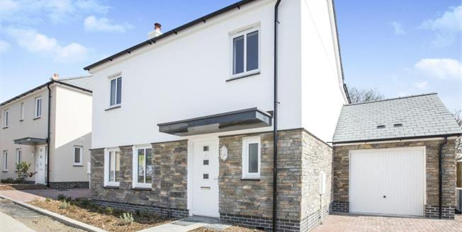 £359,950, 4 Bedroom Detached House For Sale in Heritage Point, TR4