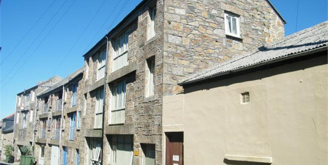 Asking Price £250,000, Terraced Flat For Sale in Penzance, TR18