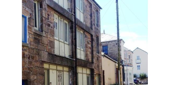 Asking Price £250,000, 1 Bedroom House For Sale in Penzance, TR18