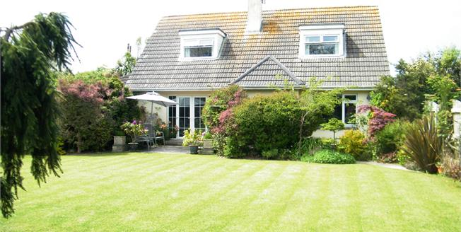Asking Price £385,000, 4 Bedroom Detached Bungalow For Sale in Rosudgeon, TR20