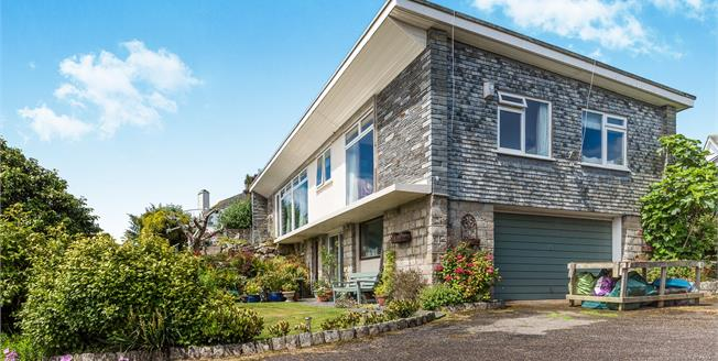 Asking Price £670,000, 3 Bedroom Detached House For Sale in Penzance, TR18