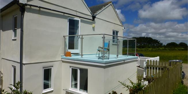 Asking Price £260,000, 2 Bedroom End of Terrace House For Sale in Marazion, TR17