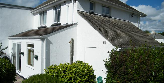 Asking Price £190,000, 3 Bedroom Semi Detached House For Sale in Penzance, TR18
