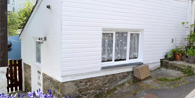 Asking Price £85,000, 1 Bedroom End of Terrace Cottage For Sale in Penzance, TR18