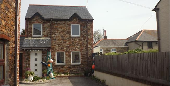 Fixed Price £325,000, 3 Bedroom Detached House For Sale in Perranporth, TR6