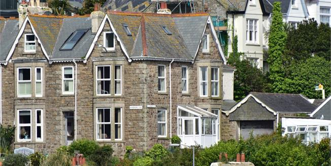 Offers in excess of £700,000, 5 Bedroom End of Terrace House For Sale in St. Ives, TR26