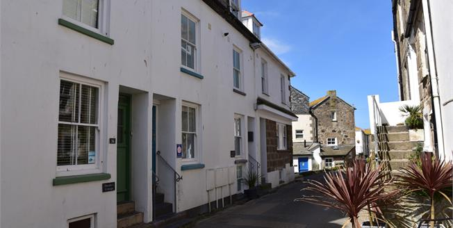Asking Price £335,000, 2 Bedroom Flat For Sale in St. Ives, TR26
