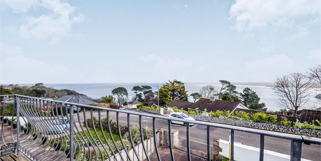 Guide Price £975,000, 5 Bedroom Detached House For Sale in St. Ives, TR26
