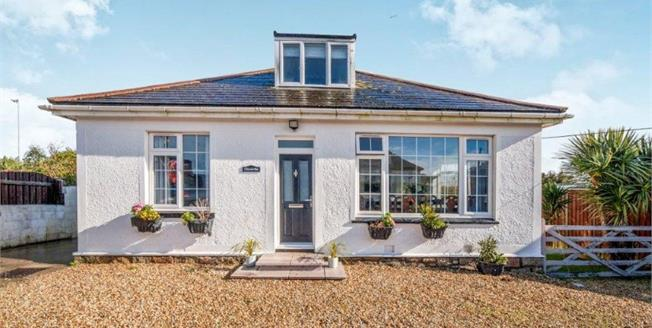 Asking Price £465,000, 4 Bedroom Detached Bungalow For Sale in St. Ives, TR26