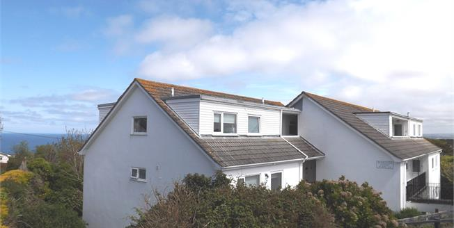 Asking Price £175,000, 2 Bedroom Flat For Sale in Carbis Bay, TR26