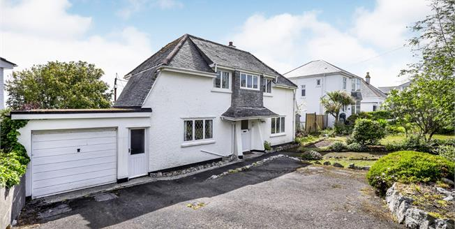 Guide Price £400,000, 3 Bedroom Detached House For Sale in Carbis Bay, TR26