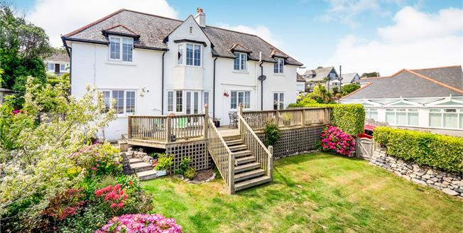 Guide Price £650,000, 3 Bedroom Detached House For Sale in Carbis Bay, TR26