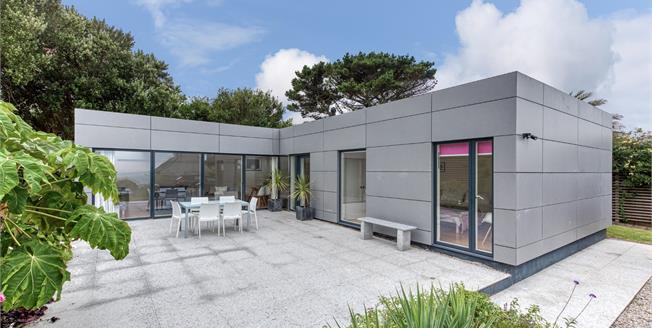 Guide Price £510,000, Detached Bungalow For Sale in St. Ives, TR26
