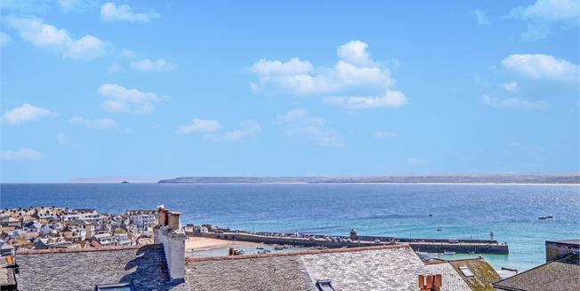 Offers in excess of £375,000, 2 Bedroom Flat For Sale in St. Ives, TR26