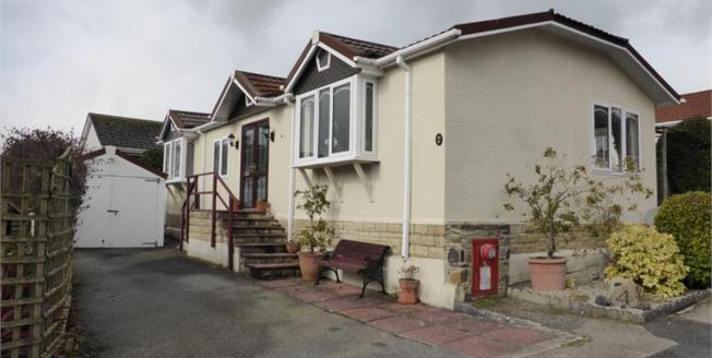 £120,000, 2 Bedroom Detached Bungalow For Sale in Trewhiddle, PL26