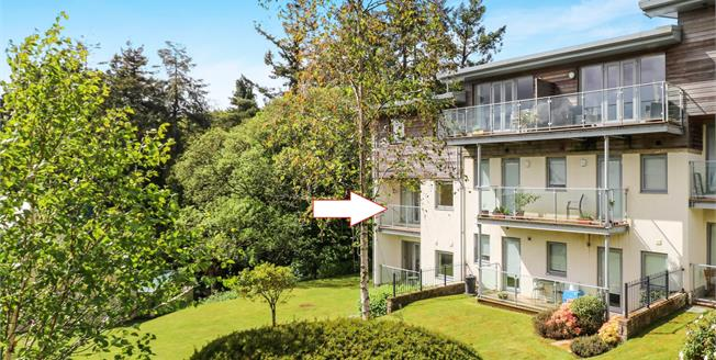 Asking Price £169,500, 2 Bedroom Flat For Sale in Duporth, PL26