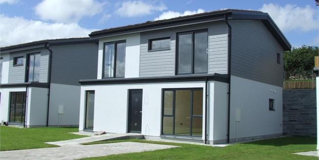 £349,995, 4 Bedroom Detached House For Sale in Par, PL24