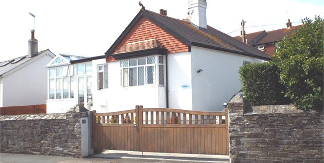 Asking Price £285,000, 2 Bedroom Detached Bungalow For Sale in Torpoint, PL11