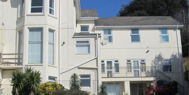 Offers in excess of £80,000, 1 Bedroom Flat For Sale in Torquay, TQ1