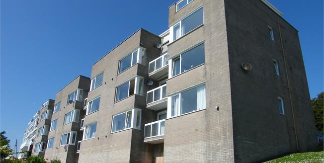 Offers in excess of £86,000, 1 Bedroom Flat For Sale in Torquay, TQ2