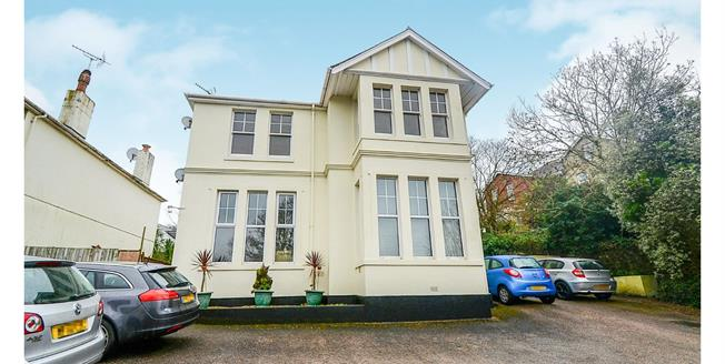Offers in excess of £120,000, 2 Bedroom Flat For Sale in Torquay, TQ2