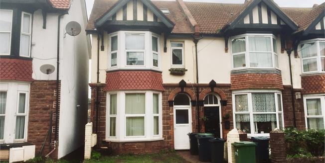 Guide Price £70,000, 1 Bedroom Maisonette For Sale in Devon, TQ3