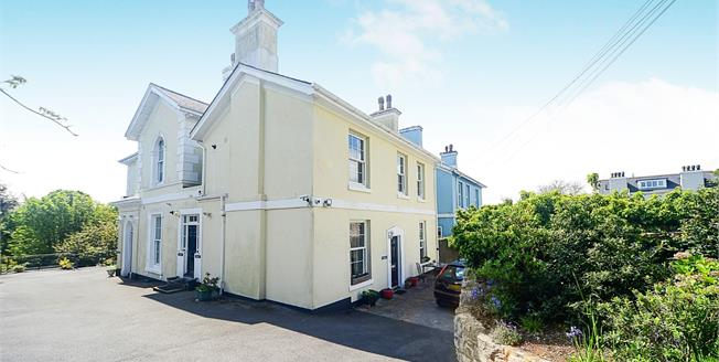 Offers in excess of £150,000, 1 Bedroom Flat For Sale in Torquay, TQ1