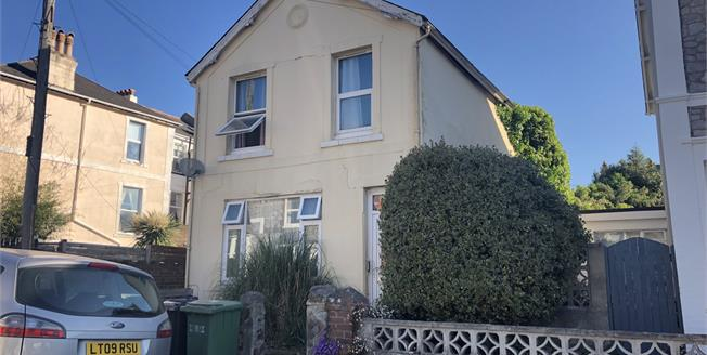Guide Price £160,000, 5 Bedroom Detached House For Sale in Torquay, TQ1