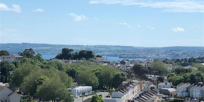 Asking Price £100,000, For Sale in Torquay, TQ1