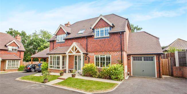 Offers in excess of £464,995, 4 Bedroom Detached House For Sale in Kennington, TN24