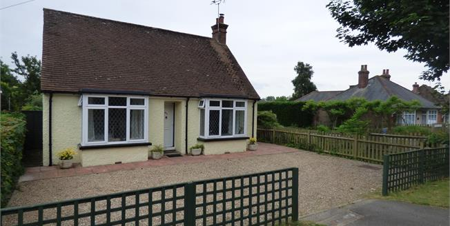 Guide Price £250,000, 2 Bedroom Detached Bungalow For Sale in Ashford, TN23