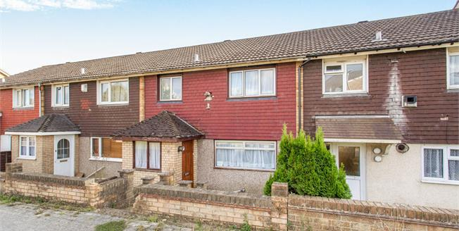 Offers Over £180,000, 3 Bedroom Terraced House For Sale in Ashford, TN23