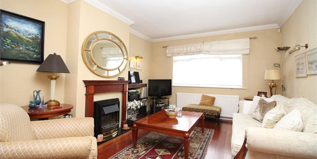 Asking Price £450,000, 3 Bedroom End of Terrace House For Sale in Beckenham, BR3