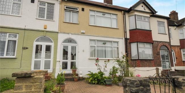 £440,000, 3 Bedroom Terraced House For Sale in London, SE6