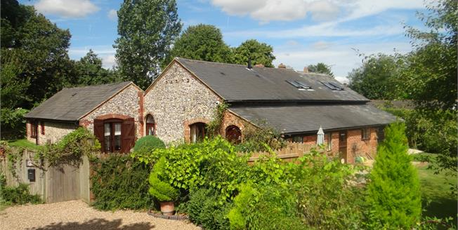 Guide Price £775,000, 4 Bedroom Detached House For Sale in Petham, CT4
