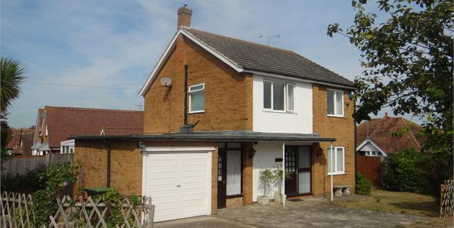 Guide Price £500,000, 4 Bedroom Detached House For Sale in Whitstable, CT5