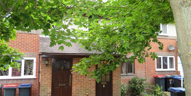 £275,000, 5 Bedroom Terraced House For Sale in Canterbury, CT1